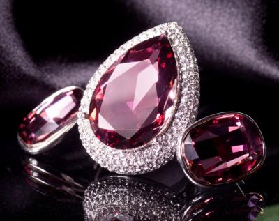 Top Metal Picks for your Colored Gemstone Jewelry